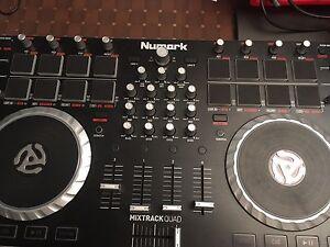 Dj controller Numark mixtrack quad