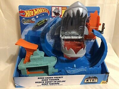 Hot Wheels City ROBO SHARK FRENZY Playset (Color Shifters Vehicle Included) NEW