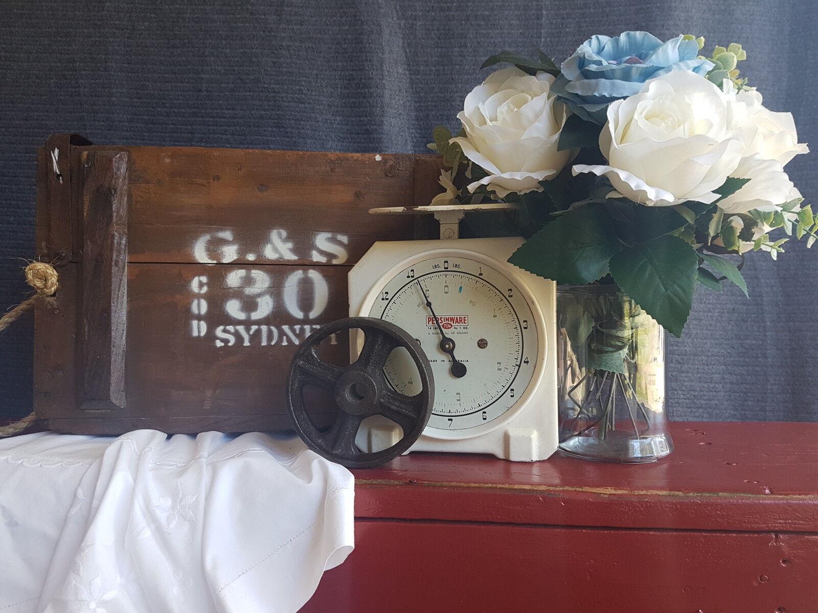 Minnie Louise Vintage Industrial