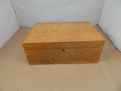 vintage Quartersawn Oak Wood CIGAR HUMIDOR BOX