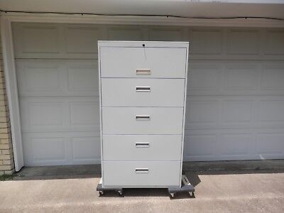 5 Drawer Locking W Key Lateral File Cabinet-putty Color In Very Good Condition