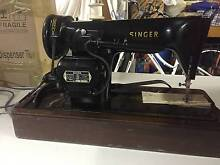 VINTAGE Singer Sewing Machine Macquarie Hills Lake Macquarie Area Preview