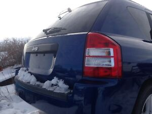 2009 Jeep Compass (parting out)no power train