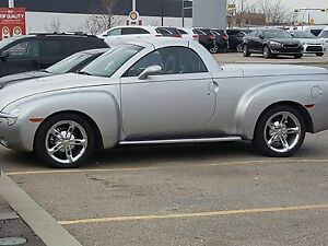 2005 Chevrolet SSR 6.0 LITRE Convertible!  PRIVATE SALE!!!