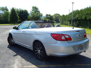 2008 chrysler sebring 116700 km convertible à toit souple 2.7 L
