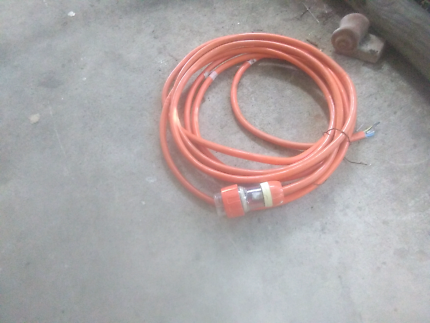 11 metres 3 phase cable and plug Bellbird Park Ipswich City Preview