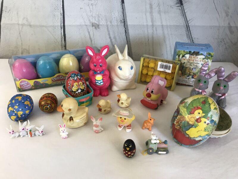 Huge Vintage Easter Bunny 21 Piece Toy Lot Chicks Tea Set Trinket Boxes Eggs