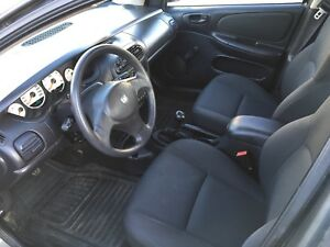 2005 Dodge Neon Sedan