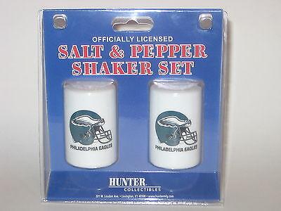Philadelphia Eagles Ceramic Salt & Pepper Shaker Set With Team Logo Logo Shaker Set