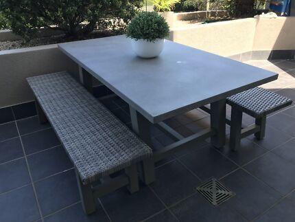 High Quality As New Concrete Wicker Outdoor Table And Chairs Retail $1300 Part 32