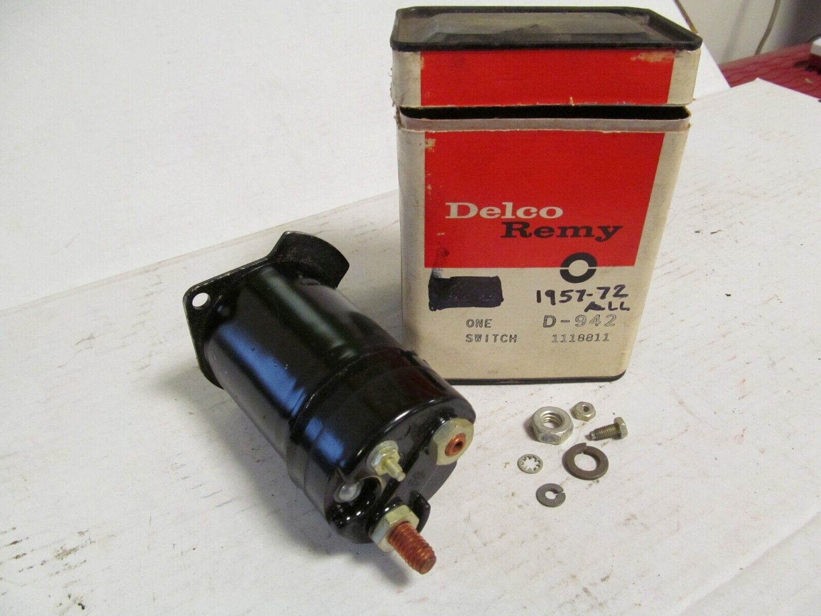 1957-1972 Oldsmobile NOS GM Delco-Remy Starter Solonoid Switch # 1118811 D-942