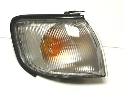 Front Right signal indicator lamp RH flasher fits Nissan Maxima QX A32 95-2000