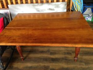 Beautiful antique cherry drop leaf table