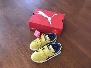 Brand new Boys Puma sneaker 100% suede size US12.5 Kitchener / Waterloo Kitchener Area image 2