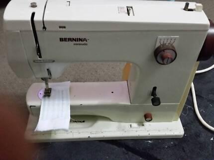 Bernina 807 Minimatic Swiss made Sewing Machine