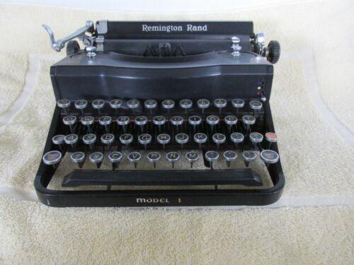 Vintage Remington Rand Manual Typewriter, Model 1, SN P140515, w Case