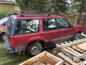 1994 Ford Explorer XL SUV, Crossover