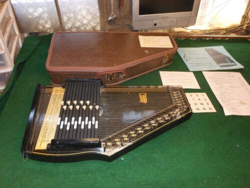 Vintage OSCAR SCHMIDT 36-String Style #73 12-Chord Autoharp With CASE!