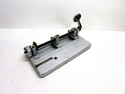 Bates Hummer Heavy Duty Adjustable 3 Hole Paper Punch