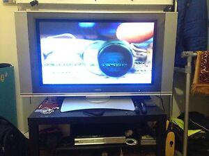 "32"" Hitachi LCD Prospect Prospect Area Preview"
