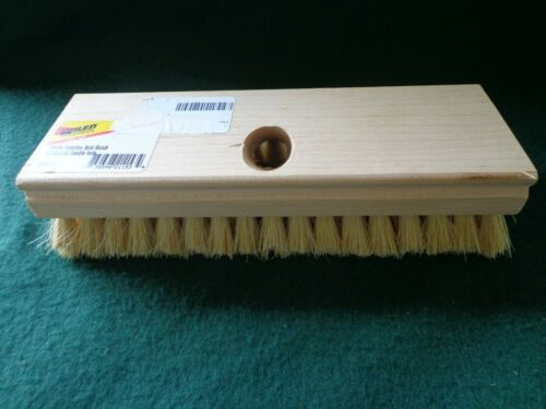 """Wilen Professional White Tampico Acid Scrub Brush with Tapered Handle Hole, 8"""""""