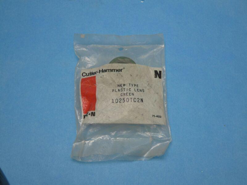 Cutler Hammer 10250TC2N Pilot Light Push Button Lens Green Plastic New