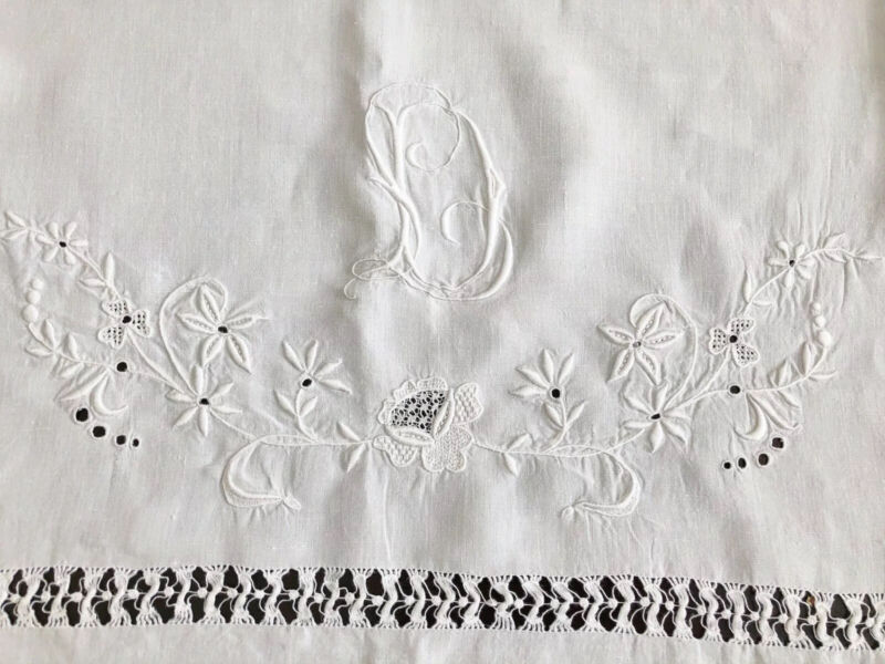 ANTIQUE LINEN BATH TOWEL DRAWN WORK EMBROIDERED FLORAL MONOGRAMMED FARMHOUSE