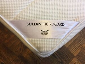 IKEA Mattress (Full/Double) ANTI-BED BUG PROTECTOR INCLUDED