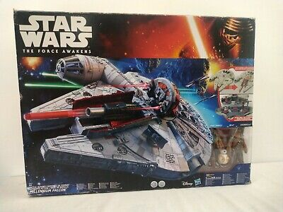 Star Wars: The Force Awakens Battle Action Millenium Falcon
