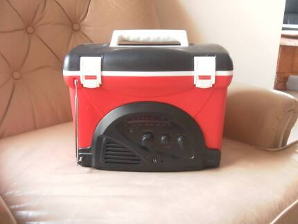 ST-KILDA-AFL-ESKY-RADIO-COOLER-AM-FM-DRINKS-Holds-6-Cans.E/C Rowville Knox Area Preview