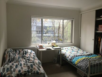 2 single beds available in 1 double room