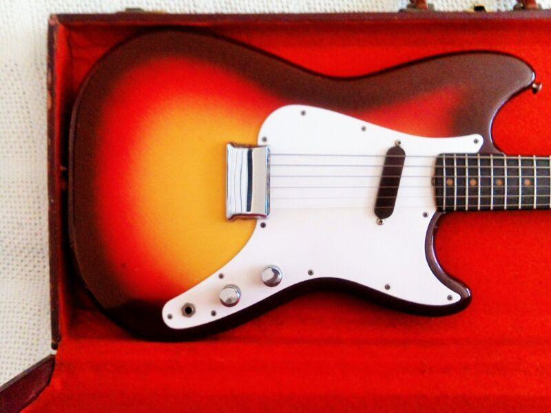 Fender Musicmaster 1963, all original, good condition