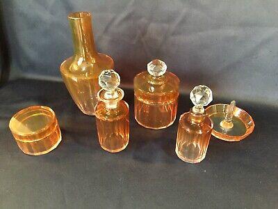 Garniture de toilette en cristal. 6 pièces.  Baccarat 1916