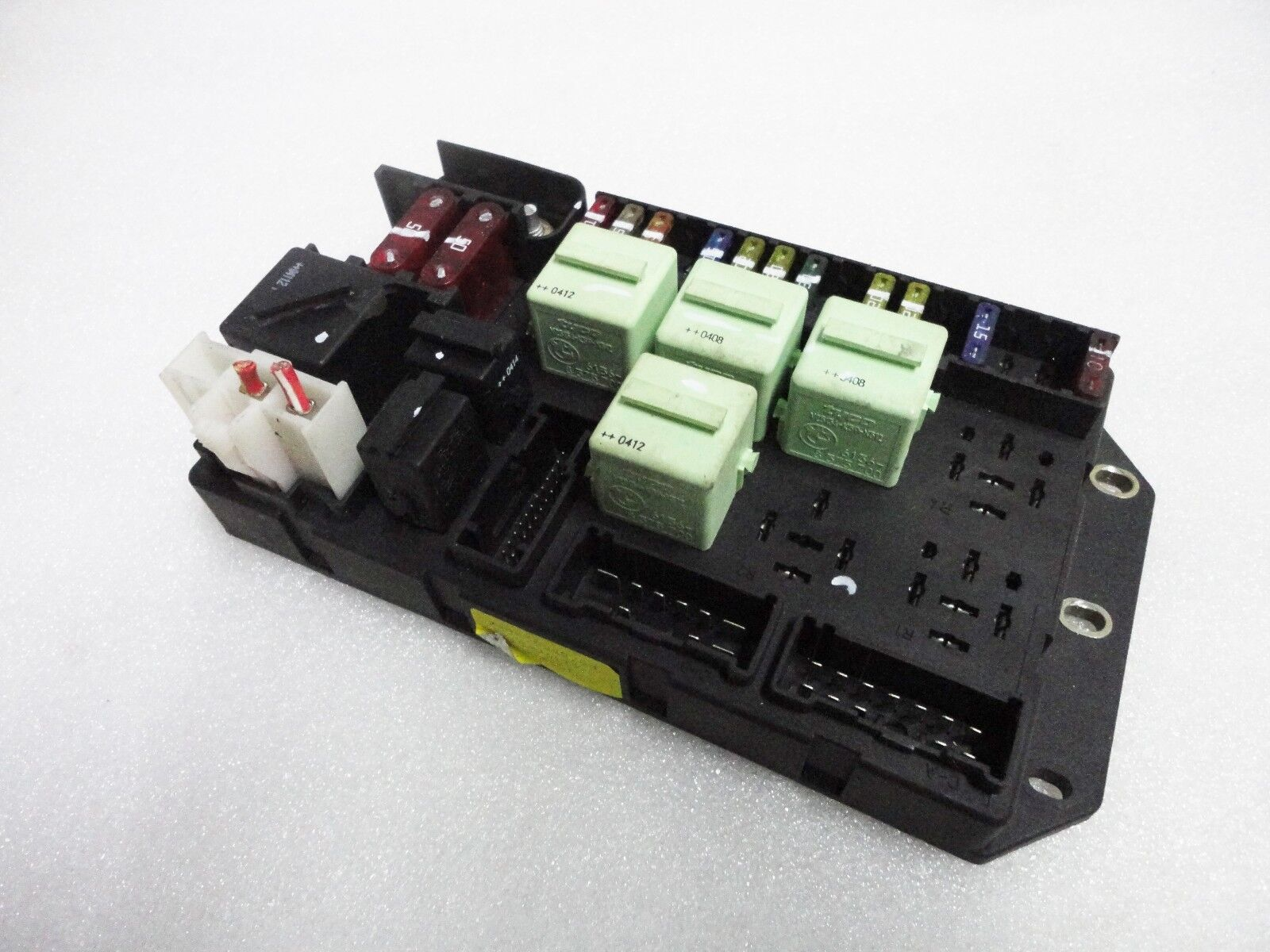 2003-2005 Range Rover L322 Interior Rear Fuse Box Relay Junction Block OEM  # 9C