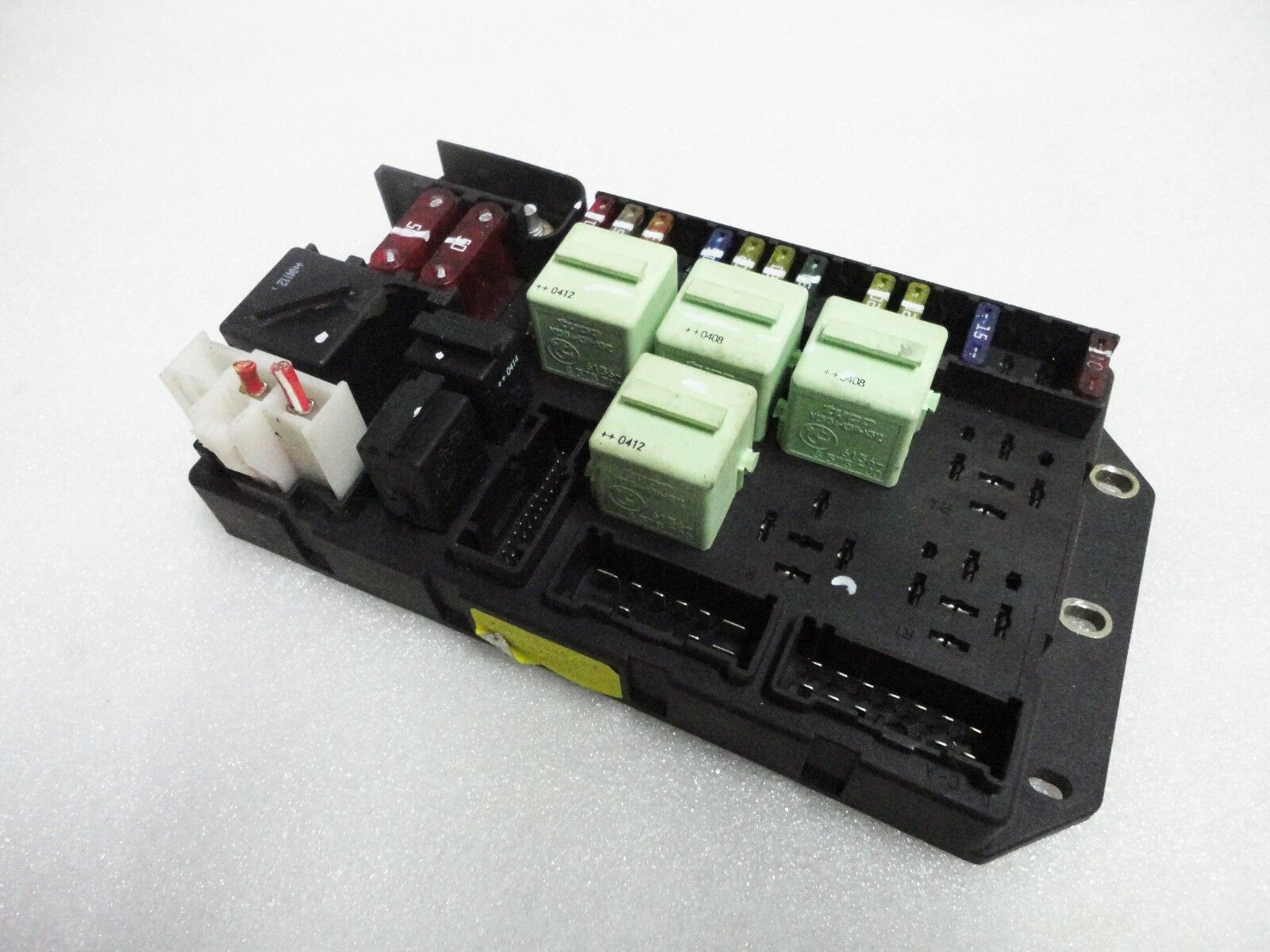 Used Land Rover Computers Chips Cruise Control And Related Parts Fuse Box Range L322 2003 2005 Interior Rear Relay Junction Block Oem 9c