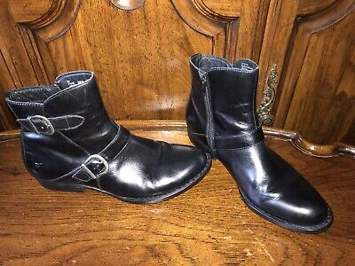 Born Handcrafted Black Leather Ankle Zip Size 9M Women's Bootie Boots