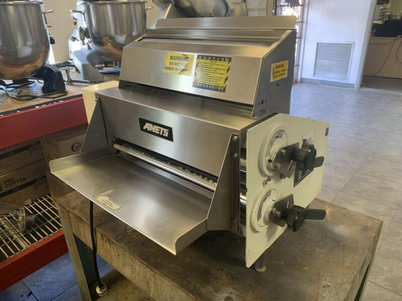 Dough Roller Sheeter Anets SDR-21 Counter Top 120V Commercial Double Pass-Works