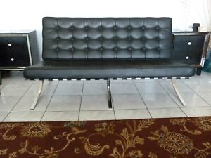 Mid Century Barcelona Style Sofa In Black Leather Vintage Excellent Conitio