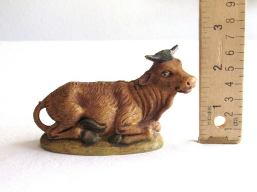 """Vintage Italy Nativity Figurine Figure - Oxen Bull Cow Laying Plastic ~4.25"""" L"""