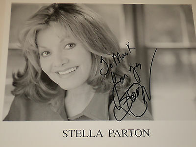 STELLA PARTON / COUNTRY SINGER /  8 X 10  B&W  AUTOGRAPHED  PHOTO