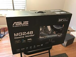 ASUS gaming monitor 144HZ 24 inch!!