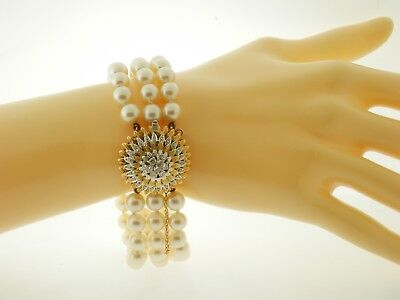 18K Yellow Gold 3 Strand 6mm Pearl Bracelet with Diamond Clasp (Diamond Gold Strand Bracelets)