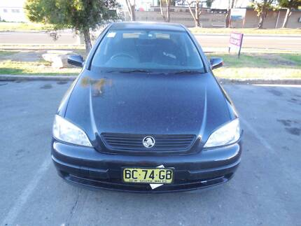 HOLDEN ASTRA TS 5DR 2000 WRECKING VEHICLE S/N V6993