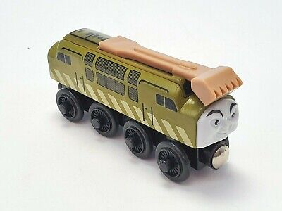 Thomas and Friends Engine Diesel 10 Wooden Train with Sliding Claw 2003