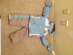 Snow suit for 2,3 or 4 year old for sale 45$ or best offer