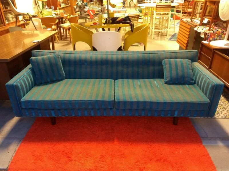 Vintage Mid Century Modern Rare Edward Wormley Dunbar Floating Back Bracket Sofa