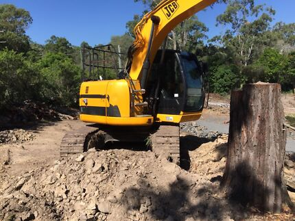 LOW HOURS, 14 TONNE JZ-140 AS NEW  Morayfield Caboolture Area Preview
