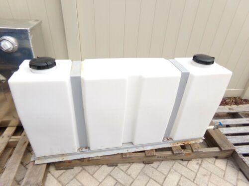 Truck Mount Extractor 100 Gallon Fresh Water Tank (USED)