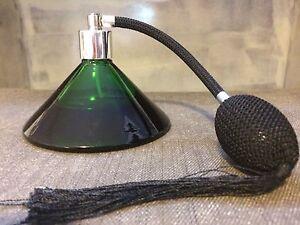 Bouteille de parfum vintage