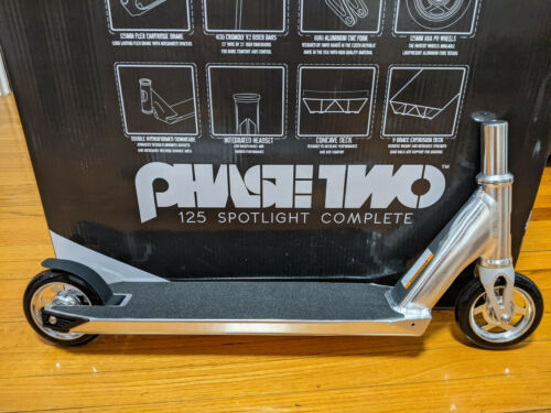 RAZOR 125mm Phase Two Scooter  Style#: 1000616342
